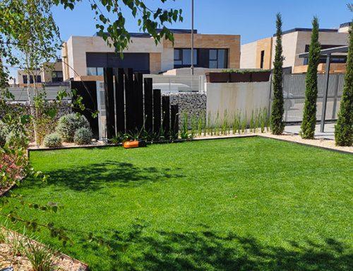 Diseño de jardín en vivienda individual de Boadilla del Monte