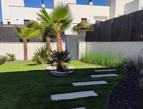 Diseño de jardín en vivienda adosada en Torrejón de Ardoz